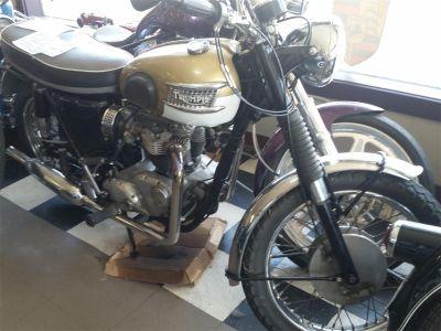 1964 Triumph T120TT