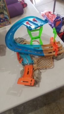 Hot wheels water track