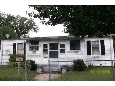 3 Bed 1 Bath Foreclosure Property in Hopewell, VA 23860 - S 3rd Ave