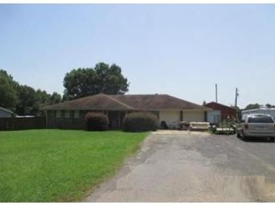 3 Bed 2 Bath Foreclosure Property in Conway, AR 72032 - Middle Rd