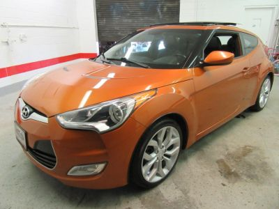 2013 Hyundai Veloster Base (Orange)
