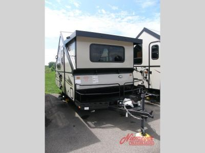 2018 Forest River Rv Rockwood Hard Side Series A122BH