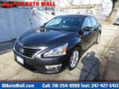 $13700.00 2015 Nissan Altima with 67448 miles!