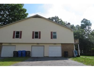 1.5 Bath Preforeclosure Property in Waldorf, MD 20602 - Shepherd Drive, Unit 8-m