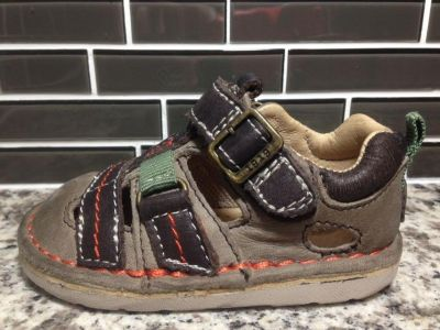 Baby Boy's Leather Stride Rite Size 4*EUC/Like New
