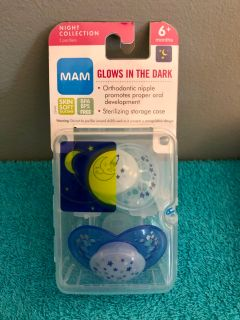 (( 2-Count. )) MAM Glows In The Dark Pacifiers.