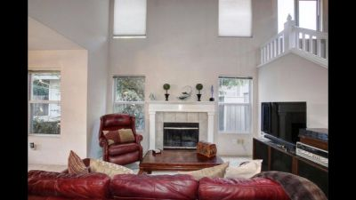 Room for rent in gated Woodbridge