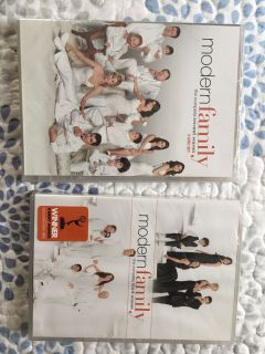 Modern Family Seasons 2 and 3 DVDs