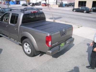 Sell BAK Industries 72502 Truck Bed Cover 00-04 FRONTIER motorcycle in Naples, Florida, US, for US $989.88