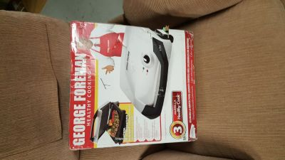 BRAND NEW GEORGE FOREMAN (NEVER USED)