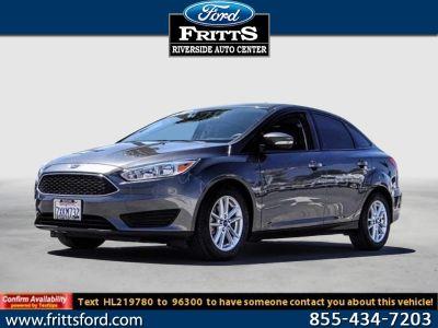 2017 Ford Focus SE (MAGNETIC METALLIC)