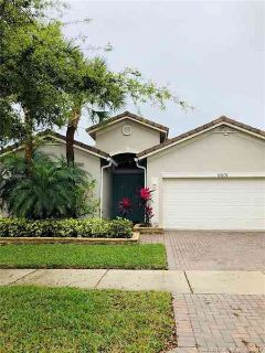 11001 SW Dunhill Ct Port Saint Lucie Three BR, Ready for your own