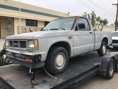 1990 Chevy S10 Short Bed NOT RUNNING & NO INTERIOR