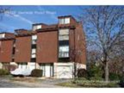Three BR Two BA In Columbia MD 21044