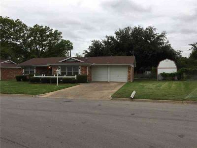 1157 Valley View Drive HURST Four BR, Darling cottage