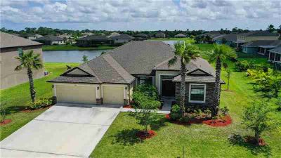 6555 Pine Lane VERO BEACH Four BR, Beautiful Lakefront 4/3/3 in