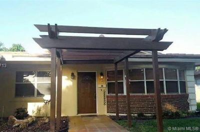 BEAUTIFULLY UPDATED 3 BED 2 BATH POOL HOME
