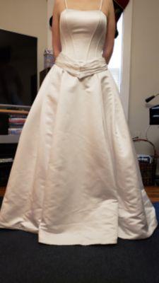 OBO Oleg Cassini wedding dress size 4