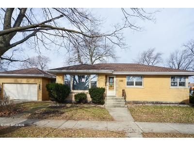 3 Bed 1.5 Bath Foreclosure Property in River Grove, IL 60171 - Rhodes Ave