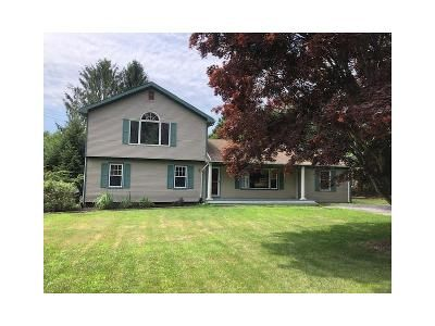 5 Bed 2 Bath Foreclosure Property in Southold, NY 11971 - N Bayview Rd