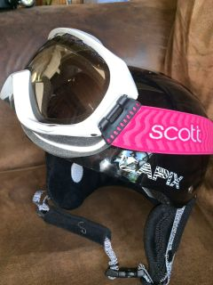 NEW Snow Helmet and Goggles