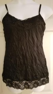 NWT med tank top with lace trim