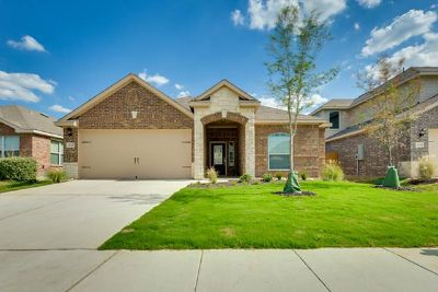 $1,069, 3br, Tired of Paying Rent New 3 Bedroom Home for Less