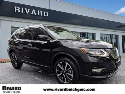 2018 Nissan Rogue (Magnetic Black)