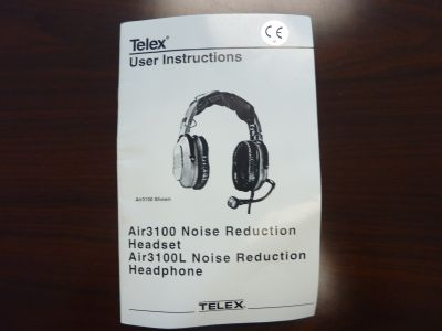 TELEX AIR3100 HEADPHONES FOR PILOTS (like new condition)
