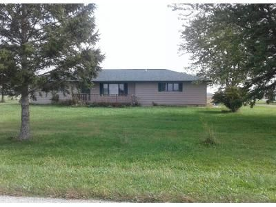 2 Bed 1.0 Bath Preforeclosure Property in Jasper, MI 49248 - Treat Hwy