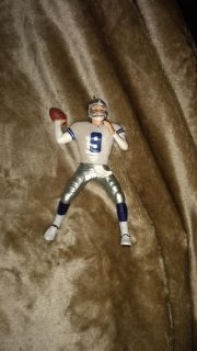 EUC: Dallas cowboys Tony Romo number 9 2009 Hallmark keepsake ornament out of box. Average online price with boxes $33.00 I will take