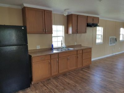 14 X 36 Graceland Portable Building /Cabin w/FULL BATH & Kitchen!!!