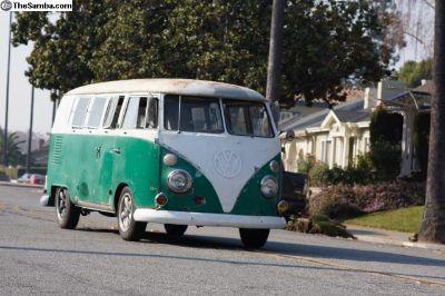 1965 VW Bus Walkthru Combi