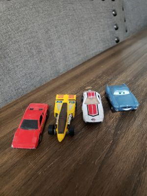 Set of 4 Hot Wheel Cars