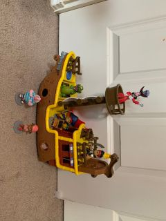 Jake and the neverland pirates ship and characters