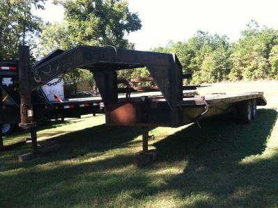 25 foot Gooseneck trailer