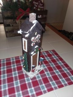Gingerbread wood house 14 inches tall excellent condition