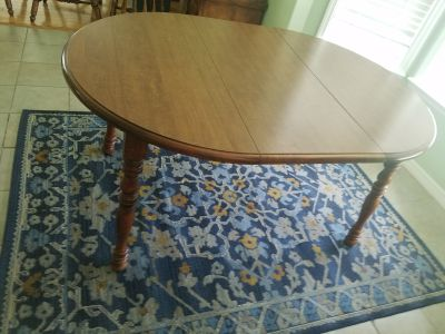"""60"""" dining table w/6 chairs"""