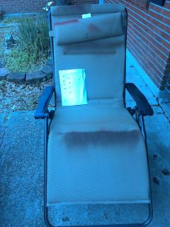 Reclining outdoor chairs (have paint on them but it doesn't effect use)can be painted