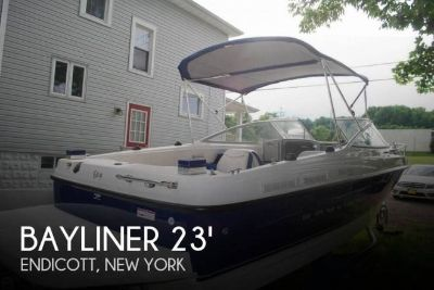 2007 Bayliner 210 Discovery
