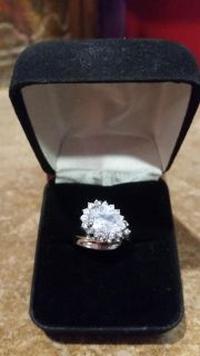 Gorgeous (size 6) 18k white gold filled over .925 sterling silver diamondique engagement ring