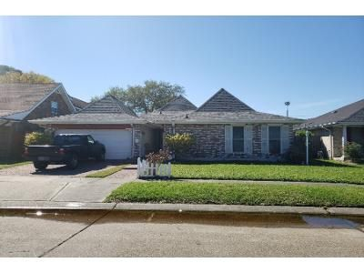 3 Bed 2 Bath Preforeclosure Property in Metairie, LA 70002 - N Turnbull Dr