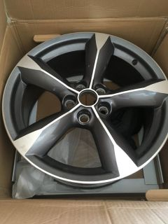 2015- 2016 Ford MUSTANG Oem Factory 18 Wheel Rim