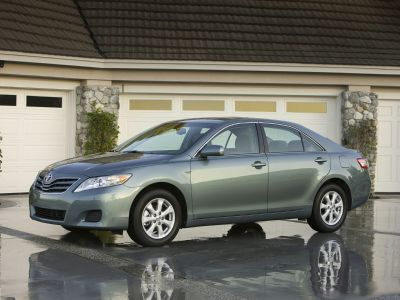 2010 Toyota Camry Base (Sandy Beach Metallic)