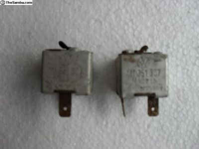 Relay Key-in-Ignition P/N 111 951 307