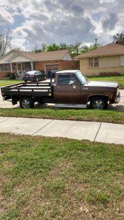 1978 Siera Classic 1/2 Ton GMC Truck