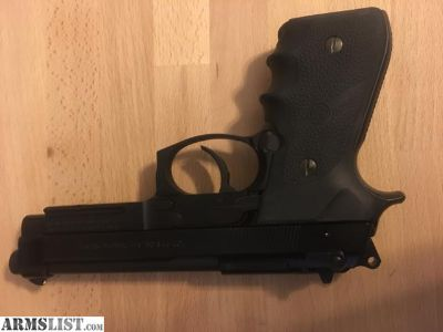 For Sale: Beretta 92FS/M9A1