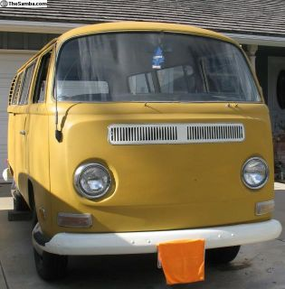 1970 VW Bus Bay Window Deluxe