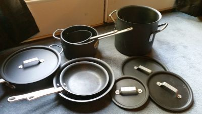 Calphalon 10 piece hard anodized cookset
