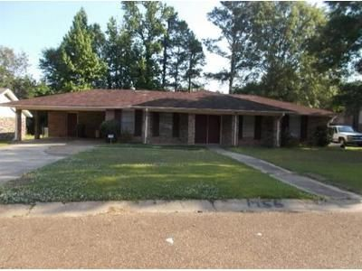 3 Bed 2 Bath Foreclosure Property in Jackson, MS 39212 - Glouchester Dr